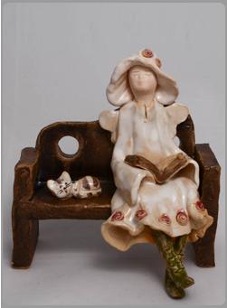 Anioł  na ławce małej 1
